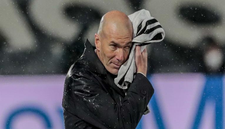 Zinedine Zidane Keluar dari Real Madrid karena Ini